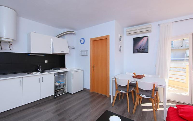 Rental Apartment Ses Illetes - Tossa de Mar, 1 bedroom, 4 persons - Photo 5
