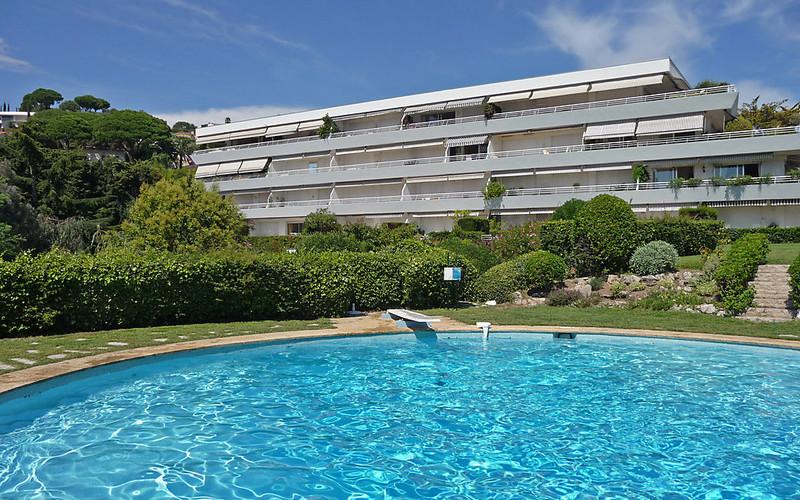 Rental Apartment Les Hortensias - Cannes, 2 bedrooms, 6 persons - Photo 1