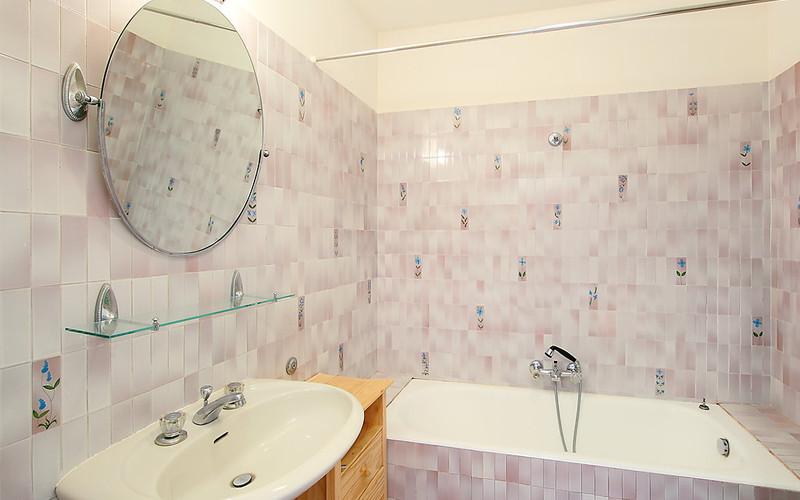 Rental Apartment Les Hortensias - Cannes, 2 bedrooms, 6 persons - Photo 8