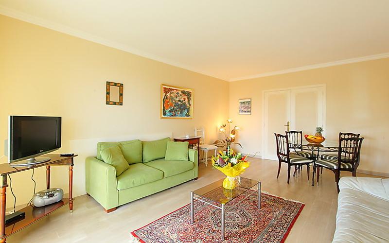 Rental Apartment Les Hortensias - Cannes, 2 bedrooms, 6 persons - Photo 2