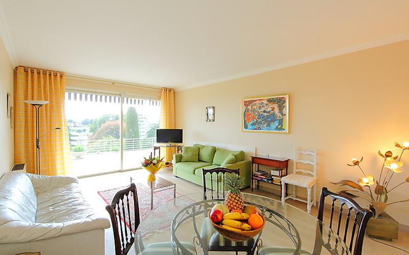 Rental Apartment Les Hortensias - Cannes, 2 bedrooms, 6 persons - Photo 3