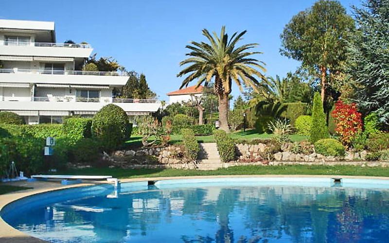 Rental Apartment Les Hortensias - Cannes, 2 bedrooms, 6 persons - Photo 5