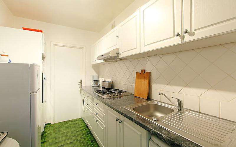Rental Apartment Les Hortensias - Cannes, 2 bedrooms, 6 persons - Photo 9